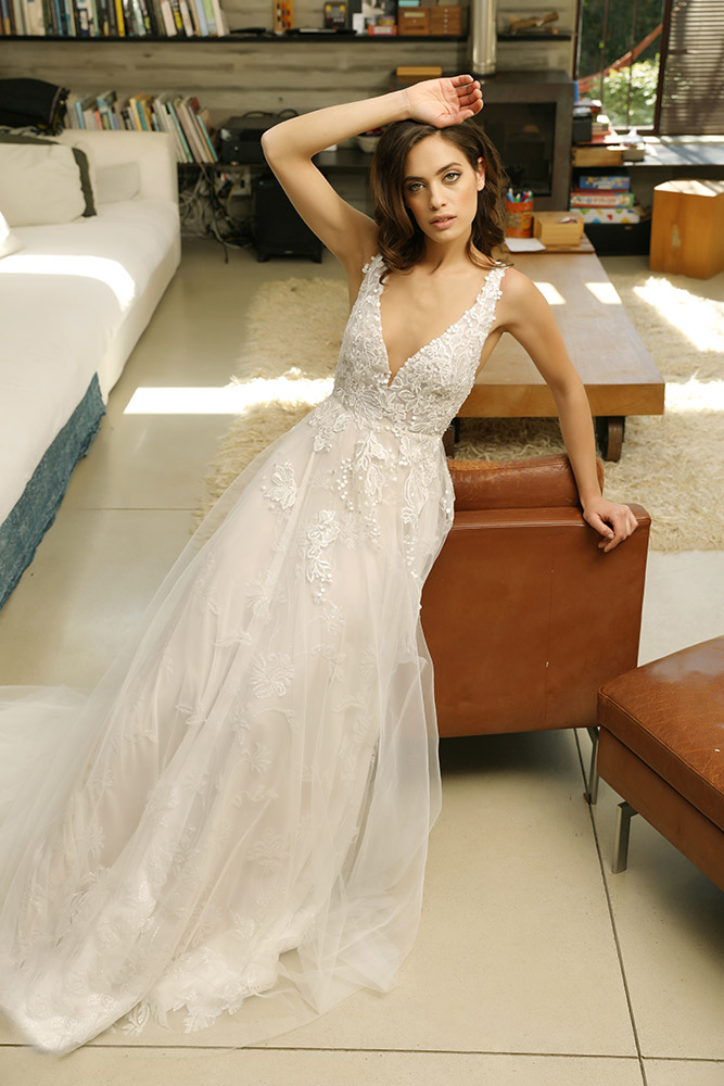 Venessa by studio levana all lace parkly princess wedding dress with v nack and tulle skirt