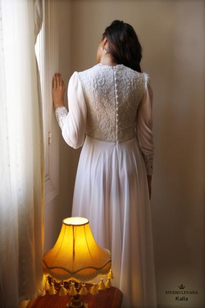 שמלות כלה צנועות Kalla (4)