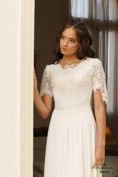 שמלות כלה צנועות Sannis (2)